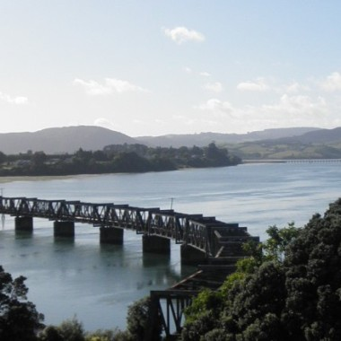 cropped-cropped-nz-bridge1.jpg